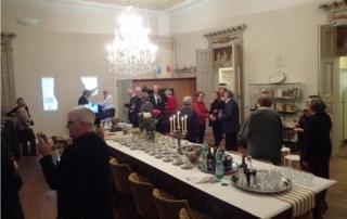 Runebergin sali, vieraat saapuvat