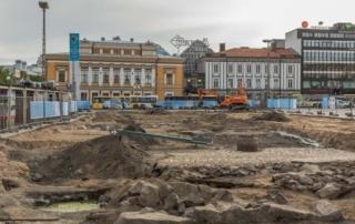 Arkelogiset kaivaukset Turun torilla 2018